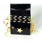 Como hacer bolsas de regalo con hojas de papel