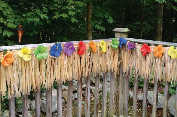 Fiesta verano decoraci n de una fiesta hawaiana revista for Decoracion verano jardin infantil
